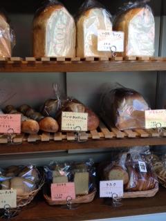 パン屋さんの棚2