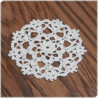 99 Little Doilies #02