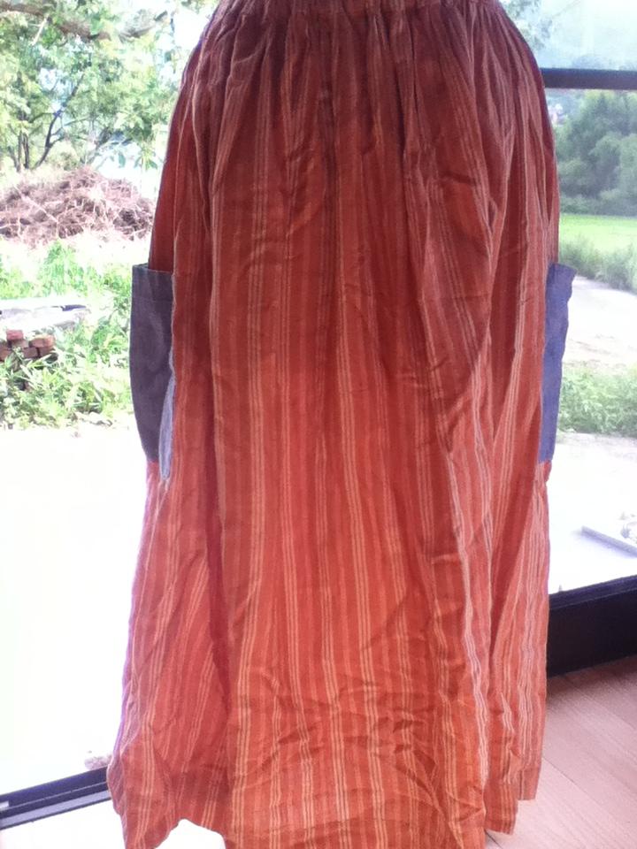 インドコットンサーモンロングスカート1