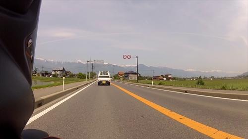 vlcsnap-2014-05-30-22h34m07s211_R.jpg