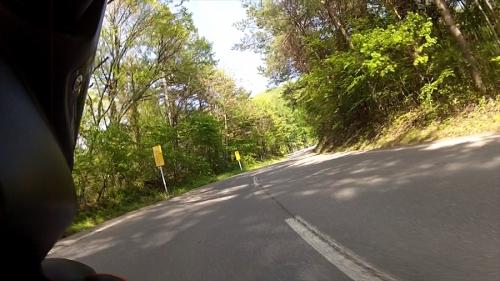 vlcsnap-2014-05-30-22h41m10s77_R.jpg