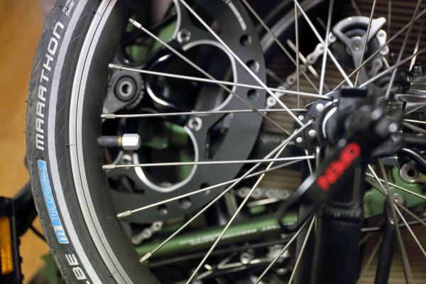140201_オリバイクのエアバルブ修理現像
