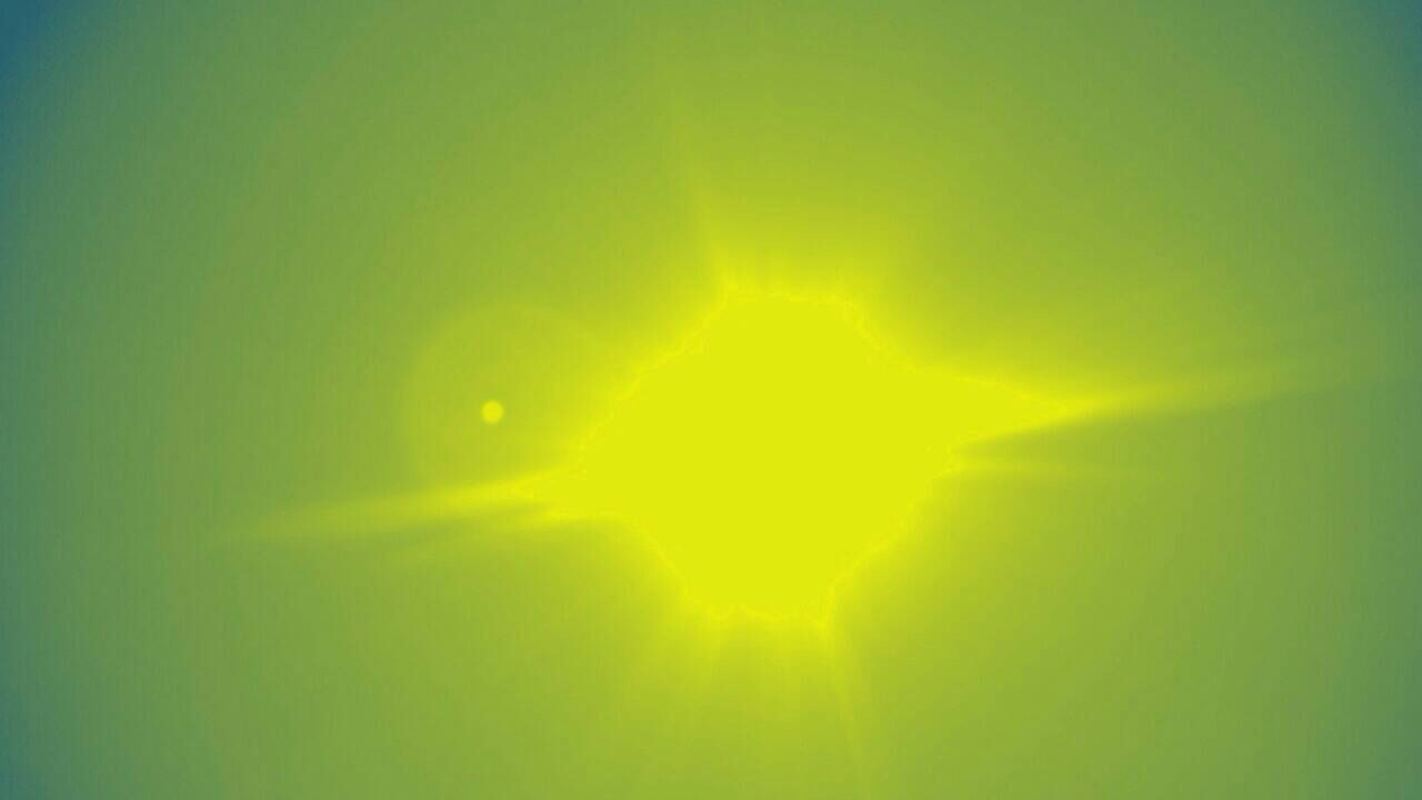 朝の空と太陽
