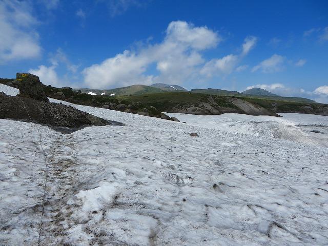 北海岳への雪渓