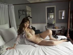 sexy033003.jpg