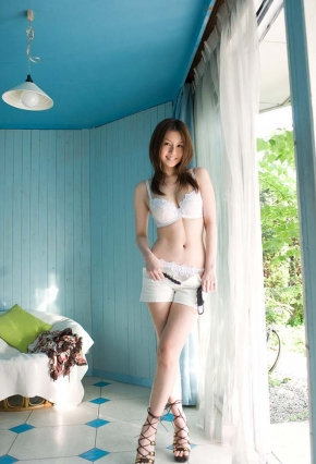 tatsumi052001.jpg