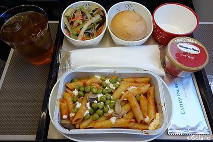 CXプレミアムエコノミークラス、機内食