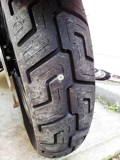 XLH883H タイヤ現状