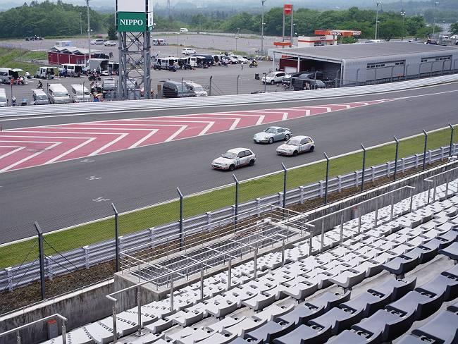 四輪レース-s