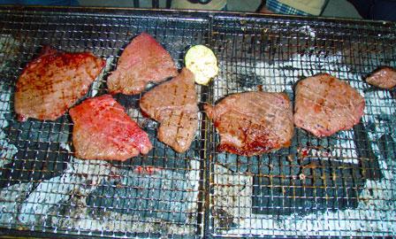 差し入れのステーキのような飛騨牛