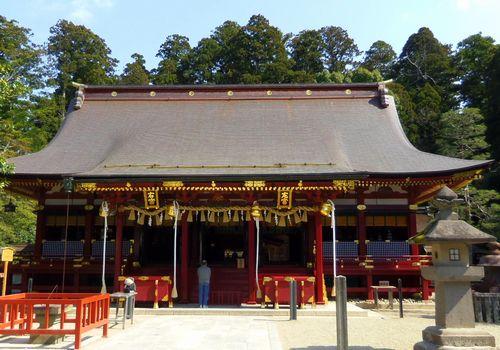 塩釜神社17左右宮拝殿