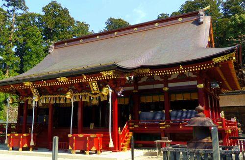 桜2014塩釜神社7左右宮拝殿