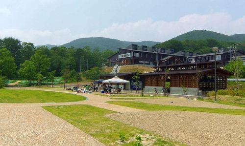 オーエンス泉ヶ岳自然ふれあい館1全景
