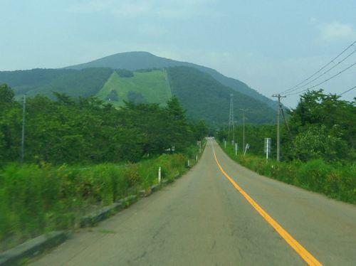 オーエンス泉ヶ岳自然ふれあい館12県道223号