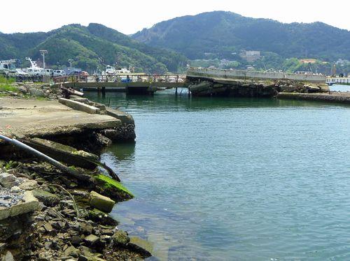 女川状況4岸壁堤防