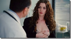 Anne-Hathaway-Love-and-other-Drugs-260329 (9)