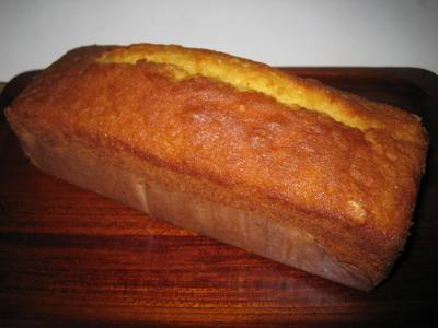 チーズ味のパウンドケーキ