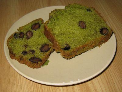 黒豆と抹茶のケーキ カット
