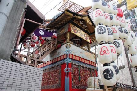 放下鉾への階段_H26.07.16撮影