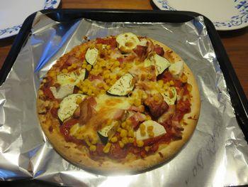 IMG_0381なすのピザ