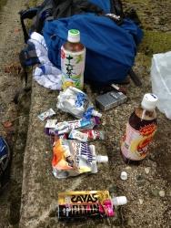 三嶋神社で非常食2