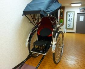 卯之町の人力車