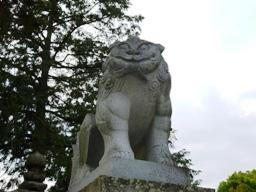 日尾八幡神社狛犬1