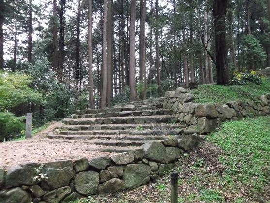 本丸へ登る石段1