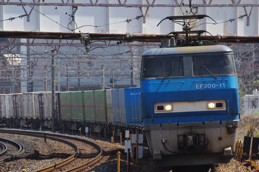 EF200 11 20140328