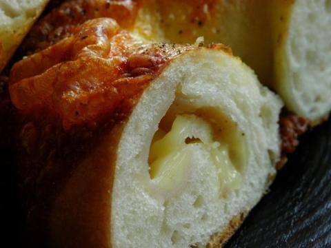 ハムとチーズベーグル 断面