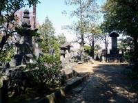 聖光院之墓をはじめとする一族の墓