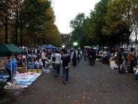 彩の森入間公園内のフリーマーケット