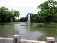 噴水と中央広場