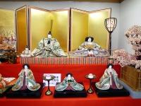 日本一大きい壱番親王と三人官女