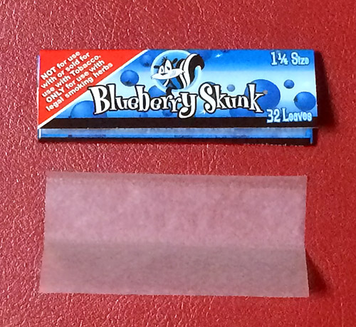 Skunk_Blue_berry Skunk スカンク・ブルーベリー スカンク 手巻きタバコ 巻紙 ローリングペーパー ブルーベリーフレーバー ヘンプ HEMP RYO