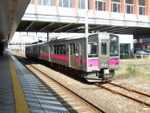 701系 秋田駅にて