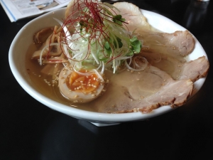 きかん俸 塩ハーフチャーシュー麺