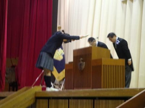 ③石岡一高卒業式 卒業証書授与