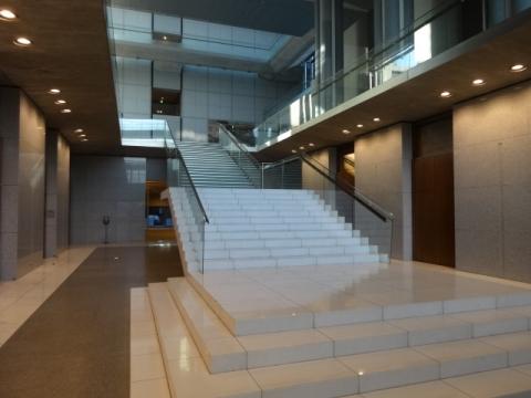 県議会議事堂 (4)