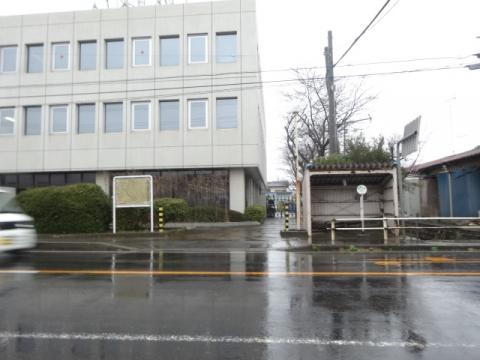 石岡市鹿の子バス停留所前水溜り問題 (1)