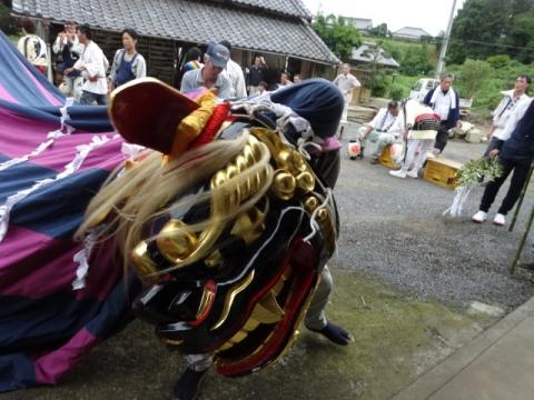 三村須賀神社祇園際 獅子舞
