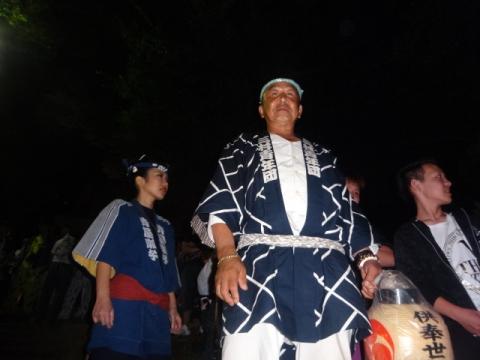 須賀神社祇園際⑰ 神輿を待ち構える①