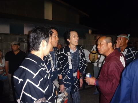 須賀神社祇園際㉒ 神輿を入れるか入れないかで揉める