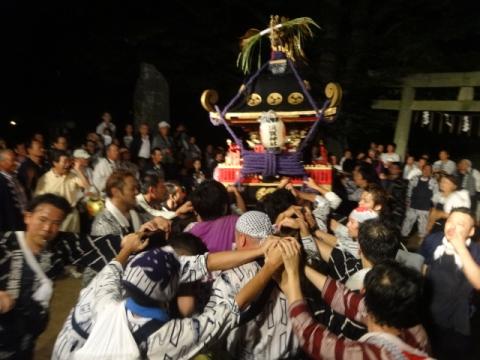 須賀神社祇園際㉕ 神輿が入った