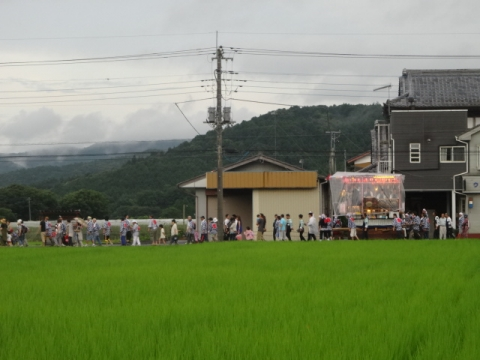 小幡祇園祭⑤ 田んぼの中の山車