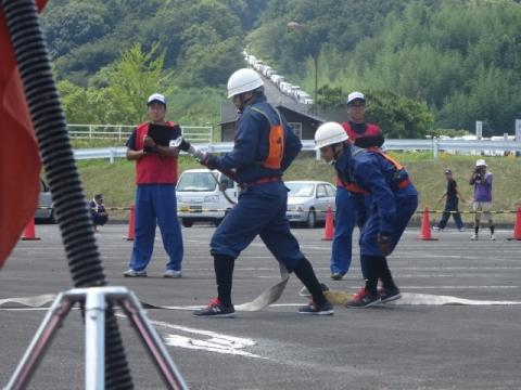 消防団操法大会⑤ 8分団競技中