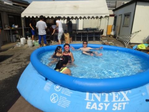 プール開きバーベキュー⑥ 今年初めてのプール