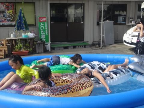 夏休みプールの思い出