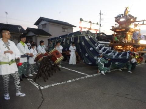 たたき初め② 若松町獅子JPG