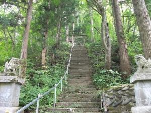 140828石段見上げる